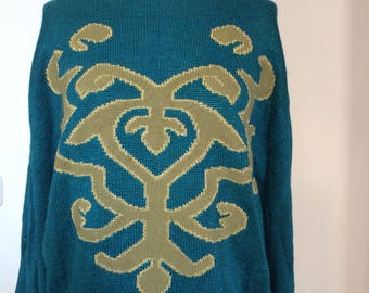 Please note 80: original vintage style pullover in trendy Berlin! Due to hole good price!