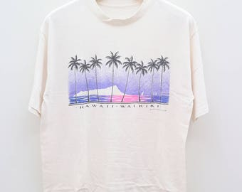 Vintage HAWAII WAIKIKI Surfing Surf Hawaii Aloha White Tee T Shirt