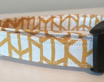 Custom Handmade Dog Collar 'Beth'