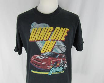 Vintage 90s Hang one on Racing Black T-shirt T-shirt Size XL