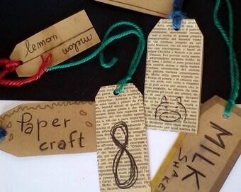 Set 6 plasticized paper labels/6 etichette