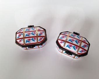 Pair of pill boxes - boxes miniature porcelain - french - vintage