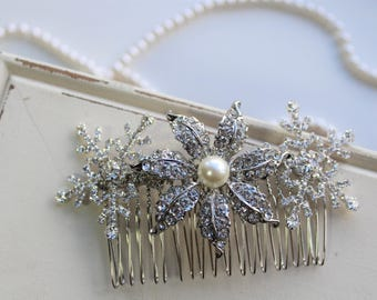 Snowflake hair Comb ,Snowflake Hair Accessories,Wedding hair comb, Crystal Hair Comb ,Bridesmaid hair , Crystal Headpiece,  gift