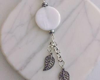 Mother of Pearl Silver Lariat Necklace