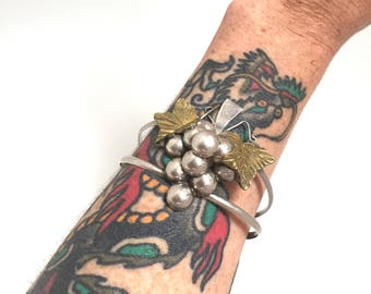 Vintage mexican silver cuff bracelet, bunch of grapes
