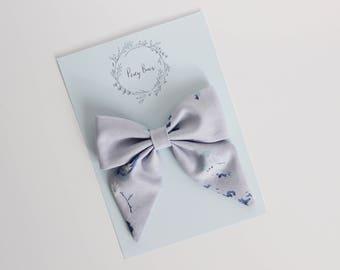 Large bow | blue floral