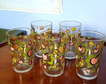 Set if Five Small Tumblers with Apple Print