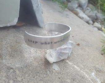 Keep what works, let go of what doesn't yoga bracelet