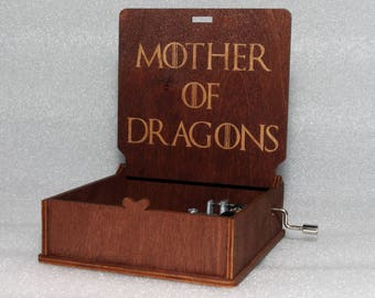 "Mother Of Dragons - Engraved Wooden Music Box - ""Game Of Thrones"" - Daenerys Targaryen - Hand Crank Movement"