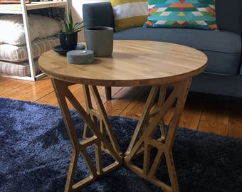 MOONEE - Bamboo Side Table