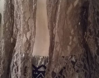Shirt sleeves three quarter lace taupe