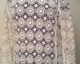 Sweater in cream cotton lace