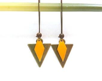 Sequin yellow enameled diamond ♦ bronze triangle earrings, bronze and yellow earrings