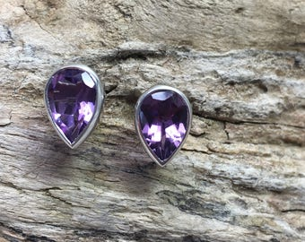 Tear shaped Sterling Silver Amethyst Ear-studs
