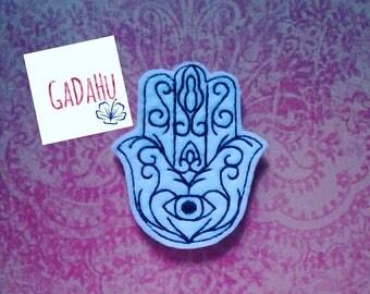 Hamsa Hand/Hand of Fatima feltie. Embroidery Design 4x4 hoop Instant Download. Felties