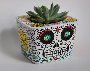 Dia De Los Muertos (Day of the Dead) concrete planter