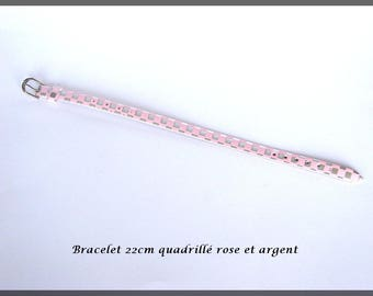 Pink and silver checkered imitation leather bracelet for pearls