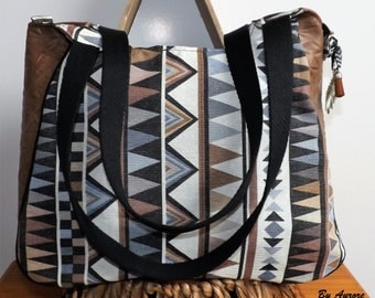 Great purse zipped ethnic collection!