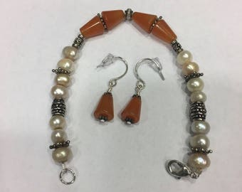 """7"""" Light Carnelian and Pearl Bracelet with matching earrings"""