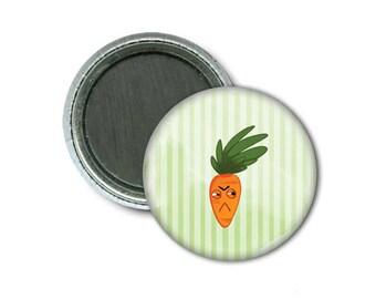 """Hangry Carrot 1"""" Magnet/Carotte Frustrée Aimant 1"""""""