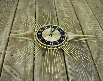 Mid Century Atomic Starburst Wall Clock