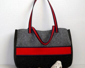Felt big handbag with red