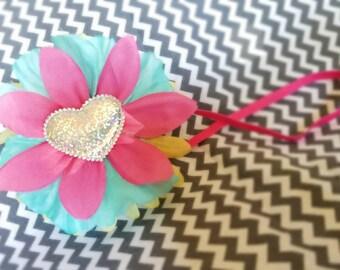 Flower on skinny headband