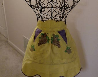 Vintage pre-owned and worn party apron