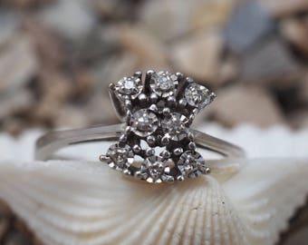Diamond Cluster Ring, Vintage about 1950, 14k Whitegold, Size US 7.3 / UK O 1/2