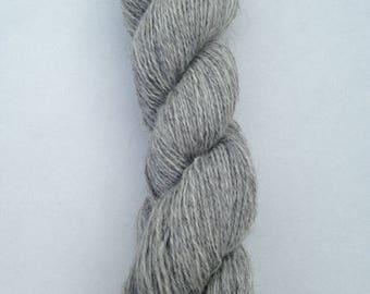 Yarn Gotland sheep grayscale