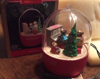 VINTAGE 1991 Jingle Bears HALLMARK Keepsake Ornament