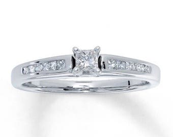 Princess cut diamond ring 14k white gold (Kays)