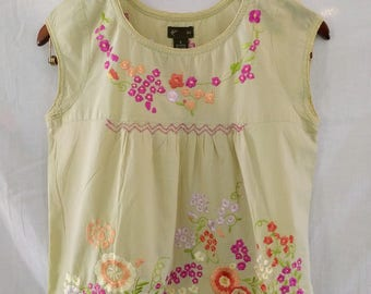Fei for ANTHROPOLOGIE Embroidered Cotton Shirt BOHO sweet festival top sz S MINT
