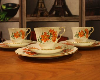 Royal Windsor Prairie Lily Tea Set