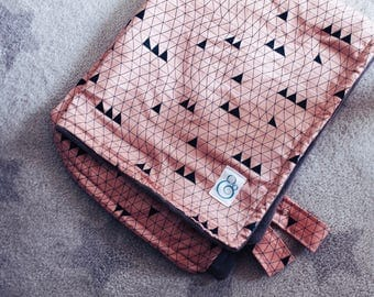 Baby Buggy Blanket - Pink Triangles