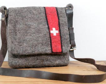 Felt bag Switzerland with leather strap, bag, shoulder bag, wool felt, felt, shoulder bag, handmade grey natural Red