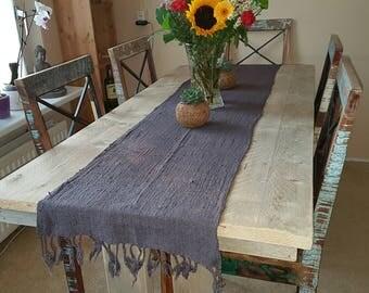 Handgeweven en handgemaakt, Bali Grey Table Runner Handwoven Organic Cotton