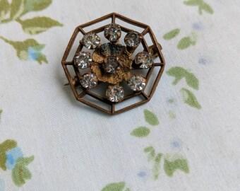 1920s spider web brooch