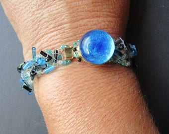Blue and black beadwork bracelet