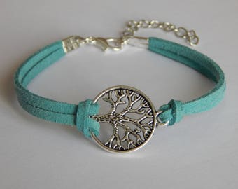 Bracelet with tree of life pendant