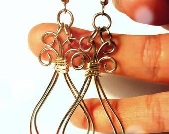 Silver Wire dangle earrings