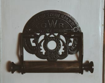 Traditional Antique Style 'GWR' Toilet Roll Holder Vintage Style