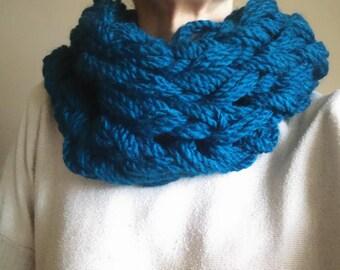 SNOOD duck blue wool mesh-