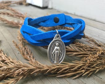 Braided Leather Bracelet - Miraculous Medal