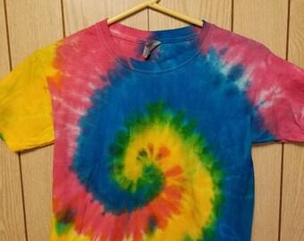 Youth small rainbow swirl tie dye tee