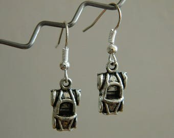 Earring metal car