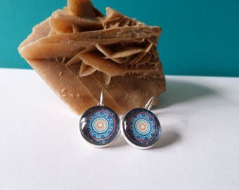glass cabochon, blue and Red mandala earrings