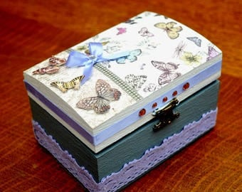 Jewelry box or Tote Butterfly decoration