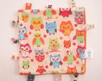 "Orange flat square shape motif ""owls"" Plushie"