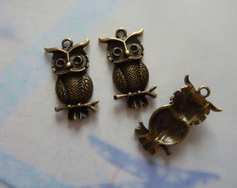 1 OWL charm OWL pendant bronze 30 x 17 mm